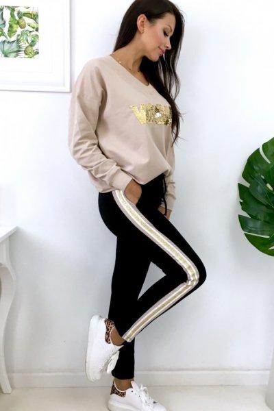 Spodnie dresowe ze złotym lampasem - black/beige/gold