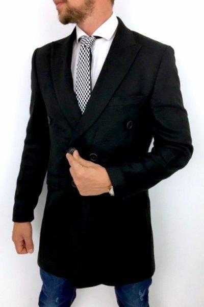Płaszcz czarny dwurzędowy