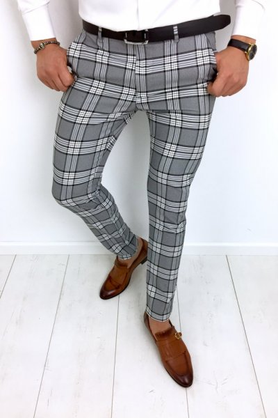 Spodnie materiałowe szare w biało czarną kratę H82