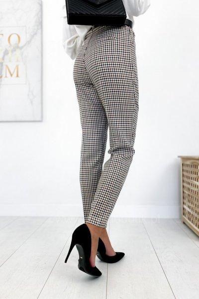 Spodnie/cygaretki w kant w kratę - beige/black