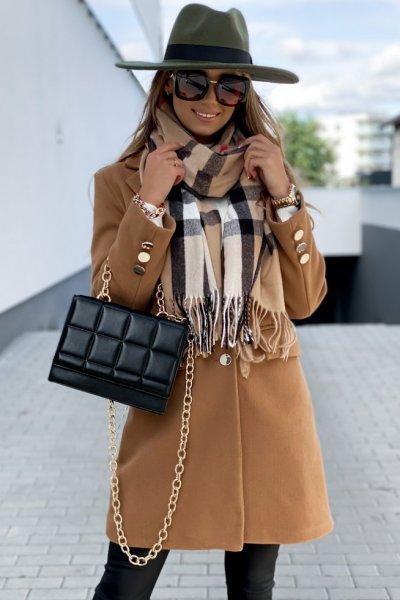 Płaszcz STILLO - camel