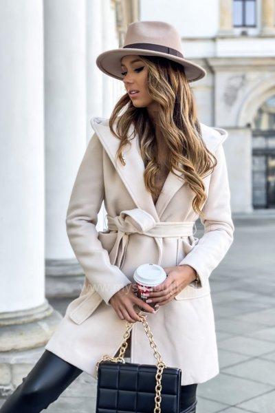 Płaszcz LEILA z kapturem - cream