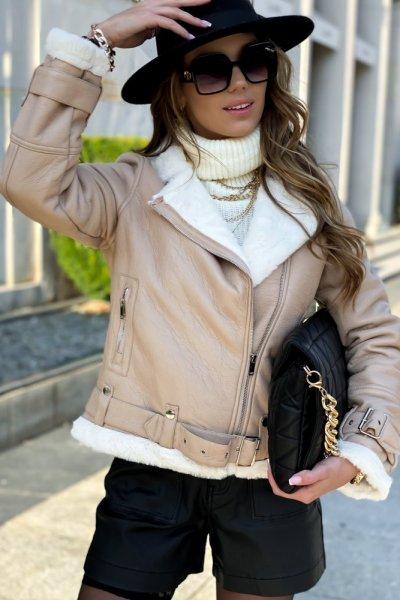 Kożuch damski - beige